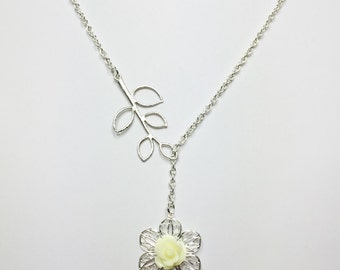 Lemon Flower Necklace Pretty Lariat Wedding Necklace White Pearl Necklace Bridesmaid Gift Mother of the Bride Gift Yellow Bridal Necklace