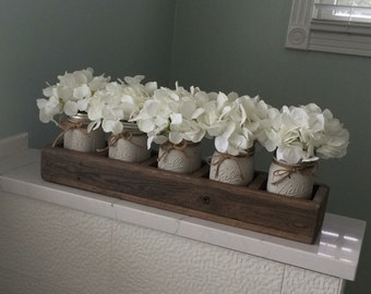 Pallet Wood | Divided Planter Box | 5 Distressed Hand Painted Mason Jars | Table Centerpiece | Rustic Farmhouse | Shabby Chic | Wedding