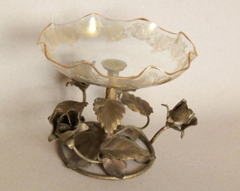 Retro Italian Pedestal Gilded Metal Roses and Scalloped Edge Glass Candy Dish Bowl with gold rim and flowers