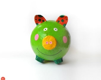 Pig money box,kids money box,kids room decor,paper gifts,paper mache,recycled art,eco friendly,kids birthday gift,kids gifts,home decor