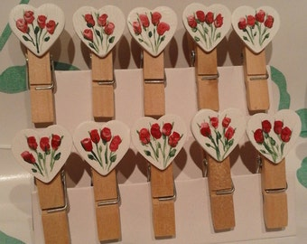 25 Hand Painted, Small Love Heart Pegs Wedding Decorations, Red Roses