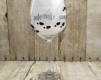 Harry Potter Wine Glass, I solemnly Swear wine glass, Harry Potter Gift, Harry Potter, Personalized Wine Glass, Harry Potter Glass,