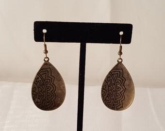Bronze Flower Earrings - Bronze Floral Earrings - Bronze Earrings - Metal Earrings - Flower Earrings- Floral Earrings - Women's Earrings