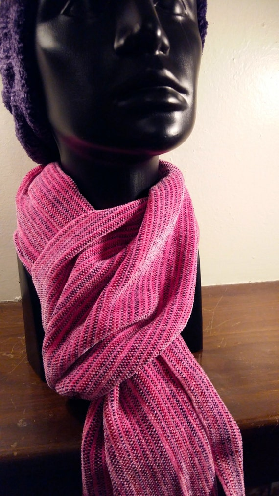 Tennessee Tulip -- Chenille Scarf