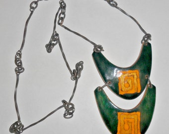 Beautiful Brasil huge vintage copper and dark green enameled pendant necklace with abstract design