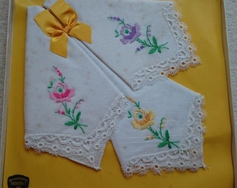 Lovely 100% Pure Irish Linen from Snowdrift, Boxed Handkerchiefs - Vintage Unused Stock from the 1970s