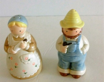 Salt and Pepper Shakers, Man and Woman Salt Shakers, Farmer Salt Shakers, Women Salt and Pepper Shakers, Vintage Salt and Pepper Shakers