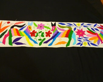 otomi table runner, mexico table runner, mexico embroider otomi, cotton 100%