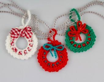 Christmas Crochet Wreath Crochet Pattern Crochet Wreath Brooch Christmas Decorations Christmas Ornaments Mini Wreath Ornament PDF, P016