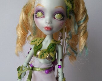 OOAK Monster High restyle