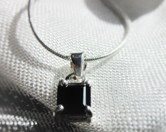 Wonderful, Square, Black Onyx Gemstone, Silver Pendant Necklace