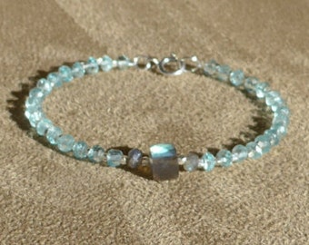 Aquamarine Bracelet, Aquamarine Silver, Gemstone Bracelet, Labradorite Cube, Contemporary, Blue Bracelet, Aquamarine Anklet, Blue Anklet