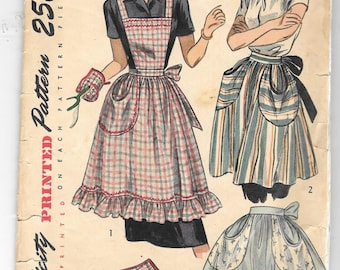 Vintage 1940s Simplicity Full Bib Apron, Half Apron and Oven Mitt Sewing Pattern
