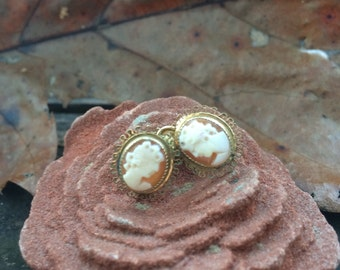 Vintage 1950's Cameo 1/20 12K GF Screw Back Earrings Signed Curtis Creations by Curtman for Uncas