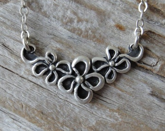 Vintage sterling silver flower necklace, Flower pendant, Flower charm necklace, Unique vintage necklace