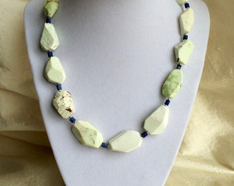 lemon chrysoprase and lapis necklace
