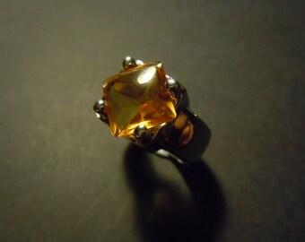 Citrine square ring
