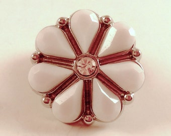 White Flower Snap Charm