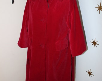 Vintage 1950s maroon velvet full dress jacket coat 136