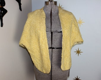 Vintage 1950s yellow boucle wrap capelet cape 140