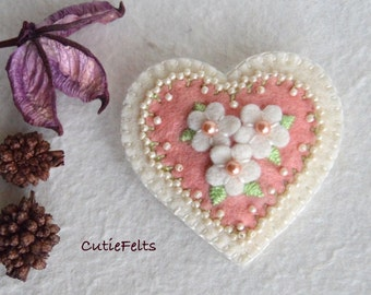 Heart brooch, wool felt brooch, beaded brooch, flowery heart brooch, pin, felt accessories - handsewn unique handmade