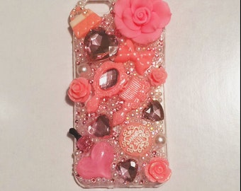Pretty Bedazzled Couture Pink Case