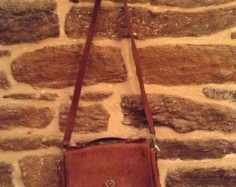 VINTAGE COACH Tan Leather Satchel/ Cross body Shoulder Bag with Signs of Age