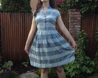 1940s-1950s blue + white geometric rayon dress // medium