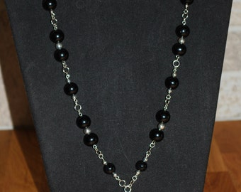 Black glass pearl necklace with pendant