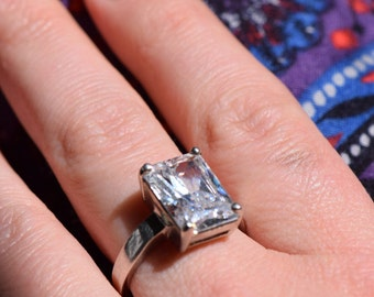 Clear Gemstone Silver 925 Vintage Cocktail Ring, US Size 8.0, Used
