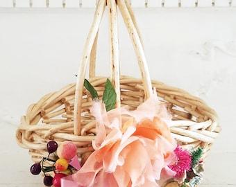 Petite Peach Basket