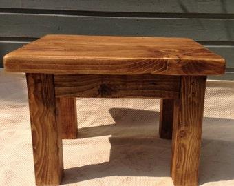Reclaimed wood coffee / side table