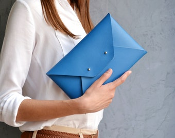 Blue leather clutch bag / Envelope clutch / Leather bag available with wristlet / Genuine leather / Leather bag / Bridesmaid clutch
