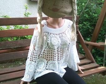 Romantic lace crochet bluse entirely handmade