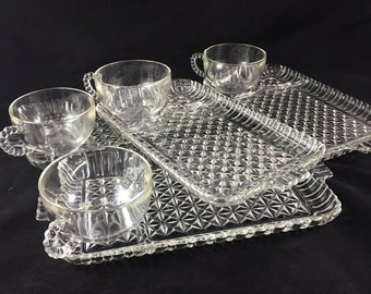 Set of 4 vintage snack sets, snack tray and cup, Anchor Hocking, beaded handle