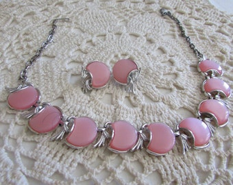 Vintage Pink Thermoset Necklace and Earrings/Vintage Demi Parure Sets/Vintage Costume Jewelry/Vintage Wedding Jewelry - FREE SHIPPING!!!