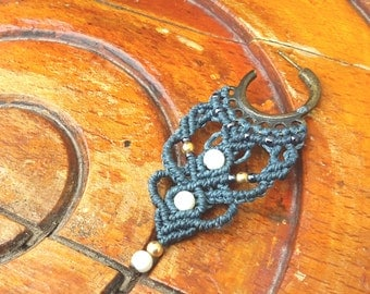 Earrings dark blue and white stones