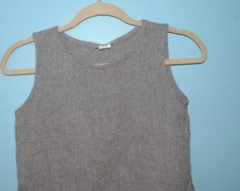 grey crop top. size: medium.