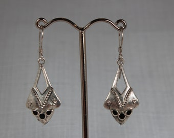 Contemporary Silver Onyx Earring