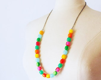 Multi color Vintage Lucite strand necklace, Layering Colorful Beaded Strand Necklace, layered necklace, gift for her,