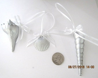 Bridal Shower Gift, 3 Real Seashells painted metallic silver with bows, you choose ribbon color, Bridesmaid Gift, Wedding Reception Momentos