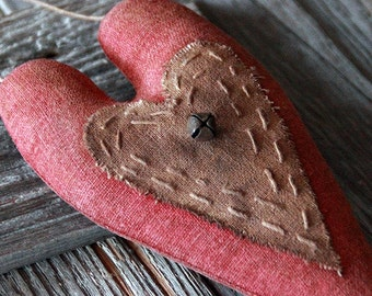 Primitive Valentine, Grungy Heart, Primitive Home Decor, Valentine Decoration, Heart Ornie, Primitive Style, Heart Wall Hanging,