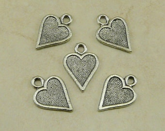 5 Heart Card Symbol Charms - Playing Cards Queen of Hearts Flat Love Valentine American Made Lead Free Pewter Silver - I Ship International