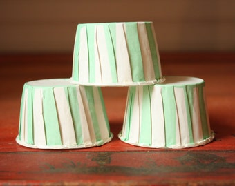 Mint Green Nut Cups, Green White Stripe, Baking Cups, candy cups, treat cups, favor cups, prep cups, snack cups, candy cups, dessert cups