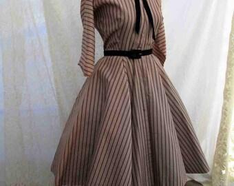 Vintage Taffeta Dress 50s Black Tan Stripe Satin dress Black Velvet bow Lucy style 1950's Full skirt Loopy Velvet collar dress  M