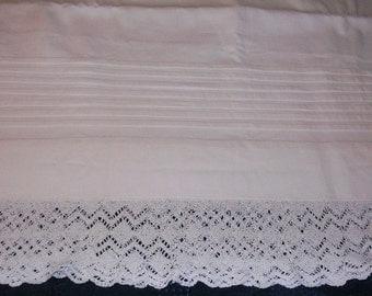 "Beautiful Pleated Cotton Pillowcase Set Gorgeous 2"" Lace Trim Large Size 23"" X 34"" P0526a"