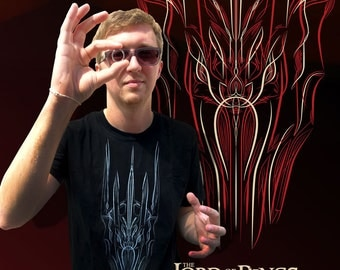 Sauron Pinstriped - Official Lord of the Rings Tshirt