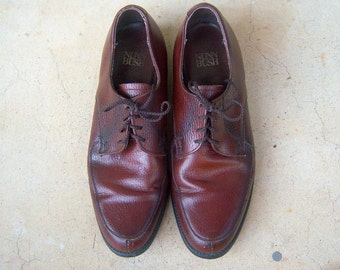 Men's leather oxfords / vintage lace up derby shoes, brown oxblood, mens 7.5, womens 9, euro 40