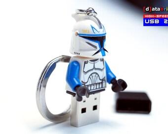 4GB to 32GB USB 2.0 Drive in a original Lego® Minifigure Clone Keychain handmade
