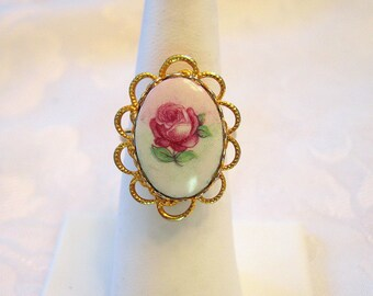 Vintage Rose Cabochon Ring Goldtone Adjustable Size 8